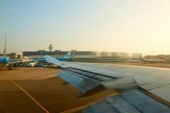 Amsterdam flygplats Schiphol i Nederländerna Royaltyfria Foton