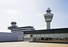 Amsterdam flygplats Schiphol Stå hög Nederländerna Royaltyfri Bild