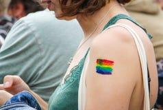 Amsterdam, holandie †'Sierpień 5, 2017 LGBT tatuaż - Homoseksualny festiwal - Zdjęcie Stock