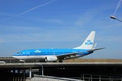 Amsterdam holandie - Czerwiec 9th 2016: PH-BGL KLM Królewski Dut Fotografia Stock