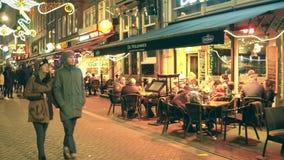 AMSTERDAM holandie - GRUDZIEŃ 25, 2017 Holenderska kuchenna restauracyjna weranda przy nocą Obrazy Stock