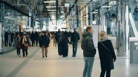 AMSTERDAM, holandie - GRUDZIEŃ 25, 2017 Miasto staci kolejowej środkowy wnętrze, Amsterdam Centraal Obrazy Royalty Free