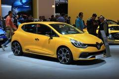 Amsterdam holandie - Kwiecień 23, 2015: Renault Clio przy sta Zdjęcia Stock