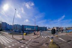AMSTERDAM, holandie, MARZEC, 10 2018: Plenerowy widok ulicy blisko do kanałów Amsterdam, jest kapitałem i zdjęcia stock