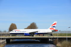 Amsterdam holandie - Marzec 25th, 2017: G-EUUW British Airways Aerobus Obrazy Stock