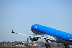 Amsterdam holandie - Marzec 25th, 2017: PH-AKA KLM Royal Dutch linie lotnicze Fotografia Stock