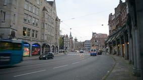amsterdam holandie Październik 15, 2017 Bicyklu ruch drogowy Amsterdam jest wielkim Europejskim kapitałem z liczbą zbiory wideo