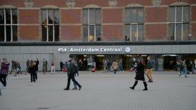 amsterdam holandie Październik 15, 2017 Amsterdam centrali stacja zbiory wideo