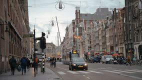 Amsterdam, Hollandes 15 octobre 2017 Le trafic de bicyclettes Amsterdam est une grande capitale européenne avec l'un certain nomb banque de vidéos