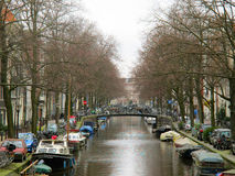 Amsterdam homes on water canals 0847 Stock Photos