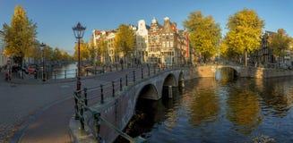 Amsterdam i nedgång arkivbild