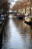 Amsterdam-Kanäle Stockfotos