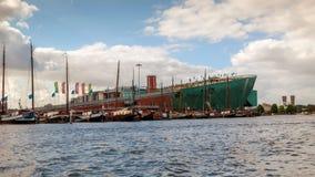 Amsterdam kanały i ulicy zdjęcie stock