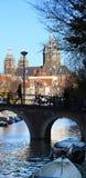 Amsterdam kanal Arkivfoton
