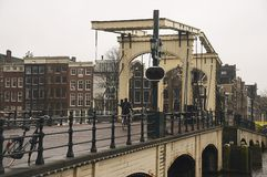 amsterdam kanaler royaltyfri bild