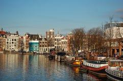 Amsterdam-Kanalhäuser Stockbild