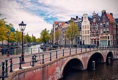 Amsterdam-Kanäle Stockfotografie