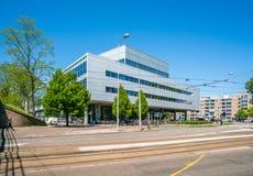 Amsterdam, le 7 mai 2018 - immeuble de bureaux du journal financier photographie stock