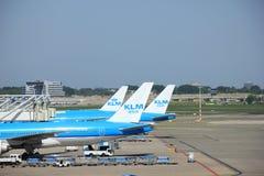 Amsterdam les Pays-Bas - 13 mai 2016 : Boeings 777 de KLM Photos stock