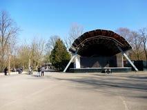 AMSTERDAM, LOS PAÍSES BAJOS - 13 DE MARZO DE 2016: Vondelpark vacío de Op. Sys. Imagen de archivo libre de regalías