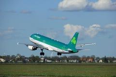 Amsterdam los Países Bajos - 3 de mayo de 2018: EI-DVJ Aer Lingus Airbus Fotos de archivo libres de regalías