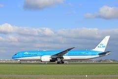 Amsterdam Nederländerna - April 7th, 2017: Flygbolag för PH-BHE KLM Royal Dutch Arkivbild