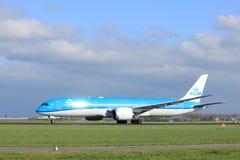 Amsterdam Nederländerna - April 7th, 2017: Flygbolag för PH-BHE KLM Royal Dutch Arkivfoton