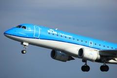 Amsterdam Nederländerna - April 7th, 2017: PH-EZG KLM Fotografering för Bildbyråer
