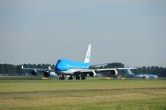 Amsterdam Nederländerna - Augusti, 18th 2016: Flygbolag Boeing 747-406M för PH-BFV KLM Royal Dutch Royaltyfri Bild