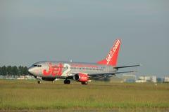 Amsterdam Nederländerna - Juni 1st, 2017: G-CELY Jet2 Boeing 737-300 Royaltyfri Bild