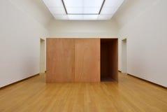 Amsterdam Nederländerna - Maj 6, 2015: Tillfällig utställning i det Stedelijk museet royaltyfria bilder
