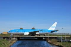 Amsterdam Nederländerna - mars 25th, 2017: Flygbolag för PH-BQN KLM Royal Dutch Arkivbild