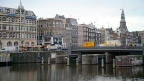 amsterdam Nederländerna Oktober 15, 2017 Amsterdam kanal i nedgångfärger lager videofilmer
