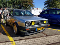 Amsterdam Nederländerna - September 10, 2016: Blåa Volkswagen Arkivbilder