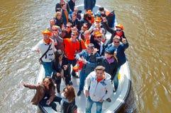AMSTERDAM, 27 NEDERLAND-APRIL: Bootpartij tijdens de Dag van de Koning op 27,2015 April in Amsterdam Stock Fotografie