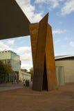 AMSTERDAM NEDERLÄNDERNA - OKTOBER 26: Van Gogh Museum på Oktober 26, 2012 i Amsterdam, Nederländerna.  Den har den största samling Fotografering för Bildbyråer