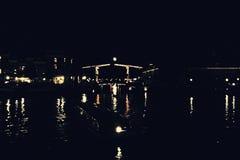 Amsterdam nella notte fotografia stock