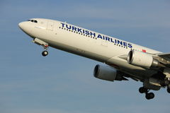Amsterdam, the Netherlands  -  June 2nd, 2017: TC-JOE Turkish Airlines Royalty Free Stock Photos