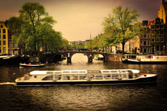 Amsterdam. Passerelle romantique Photo libre de droits