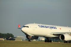 Amsterdam, Pays-Bas - 1er juin 2017 : TC-JOV Turkish Airlines Photos libres de droits