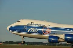 Amsterdam, Pays-Bas - 1er juin 2017 : VQ-BUU AirBridgeCargo Boeing Image stock