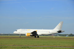 Amsterdam, Pays-Bas - 9 juin 2016 : EC-KDT Vueling Airbu Images stock