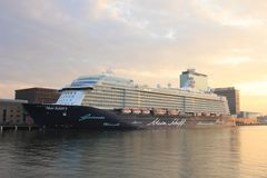 Amsterdam, Pays-Bas - 11 mai 2017 : Mein Schiff 3 TUI Cruises photos libres de droits