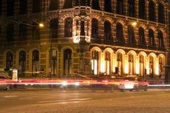 Amsterdam por noche Imagen de archivo libre de regalías