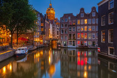 Amsterdam przy noc Zdjęcia Royalty Free