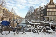 amsterdam rowerów holandii śnieg Zdjęcie Stock