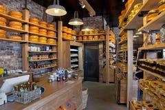 Amsterdam - scaffali di formaggio olandese Fotografie Stock