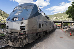 Amtrak Calijfornia Zephyr μετά από ένα μακροχρόνιο ταξίδι στοκ φωτογραφίες με δικαίωμα ελεύθερης χρήσης