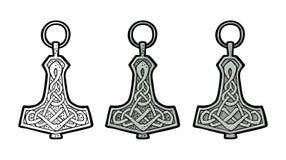 Amuleto del thor del martillo de Vking con las runas Grabado del color del vector del vintage ilustración del vector
