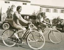 Amusement d'équitation de vélo photo stock
